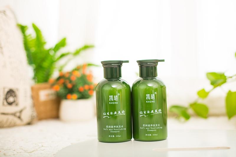 柔润滋养洗发水
